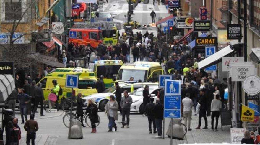Stokholme sunkvežimis rėžėsi į minią žmonių