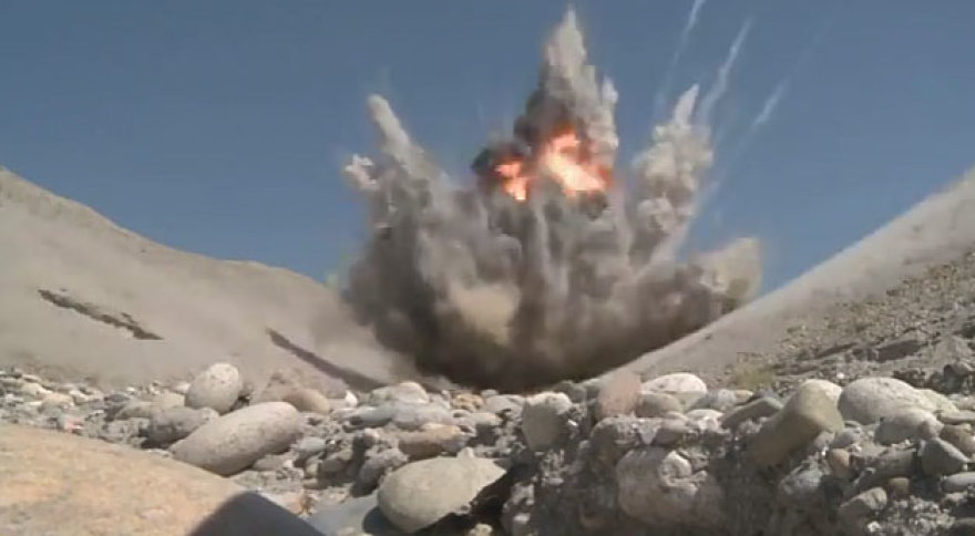 Sprogimas Afganistano kalnuose