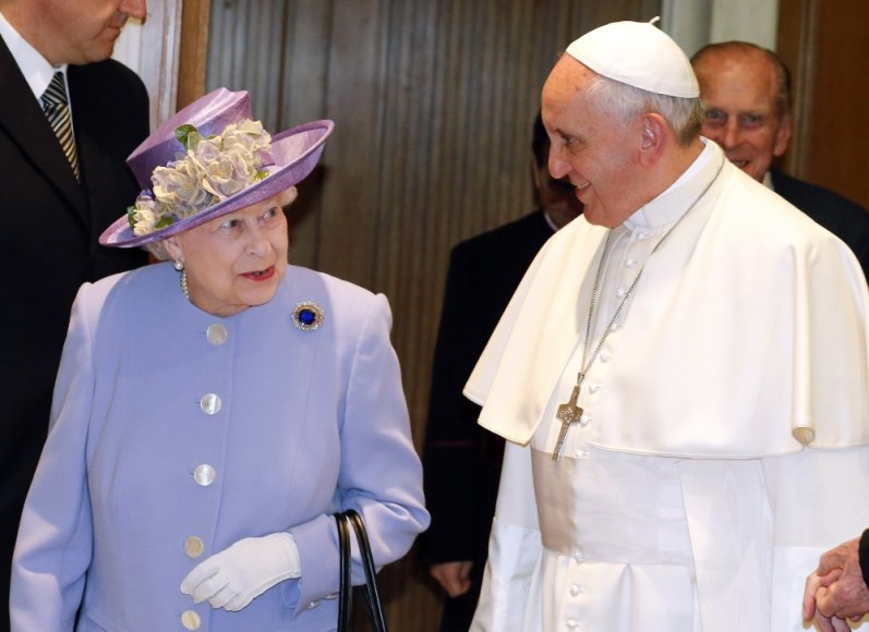 Elizabeth II ir popiežius Pranciškus