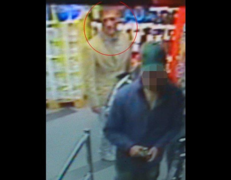 Ieškomas alkoholinius gėrimus parduotuvėje Klaipėdoje pavogęs vyras