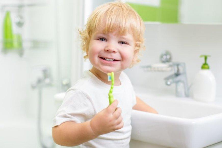 Vaikas valo dantis