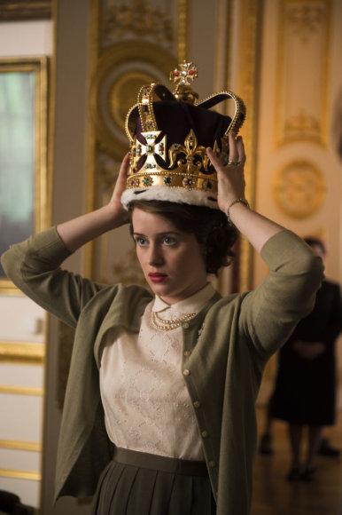 """Claire Foy karalienę Elizabeth II vaidino seriale """"Karūna"""""""
