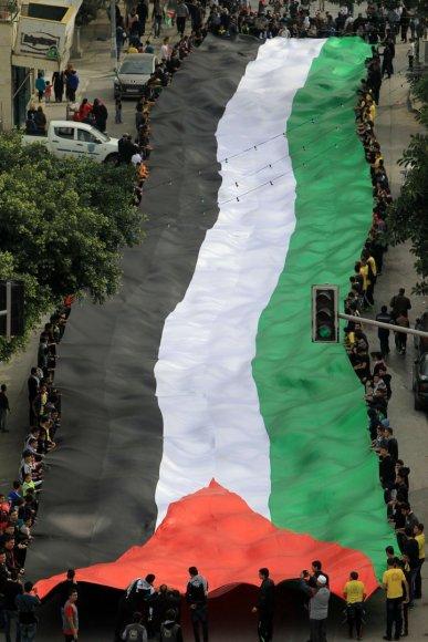 Didžiulė Palestinos vėliava