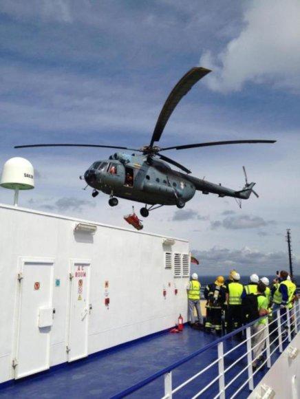 Sraigtasparniu gabenama ligonė