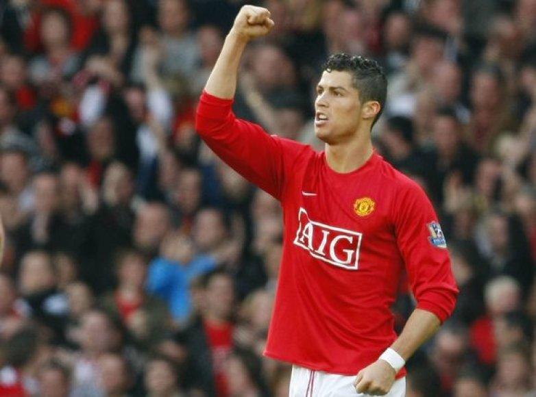 Dviejų įvarčių autorius C.Ronaldo.