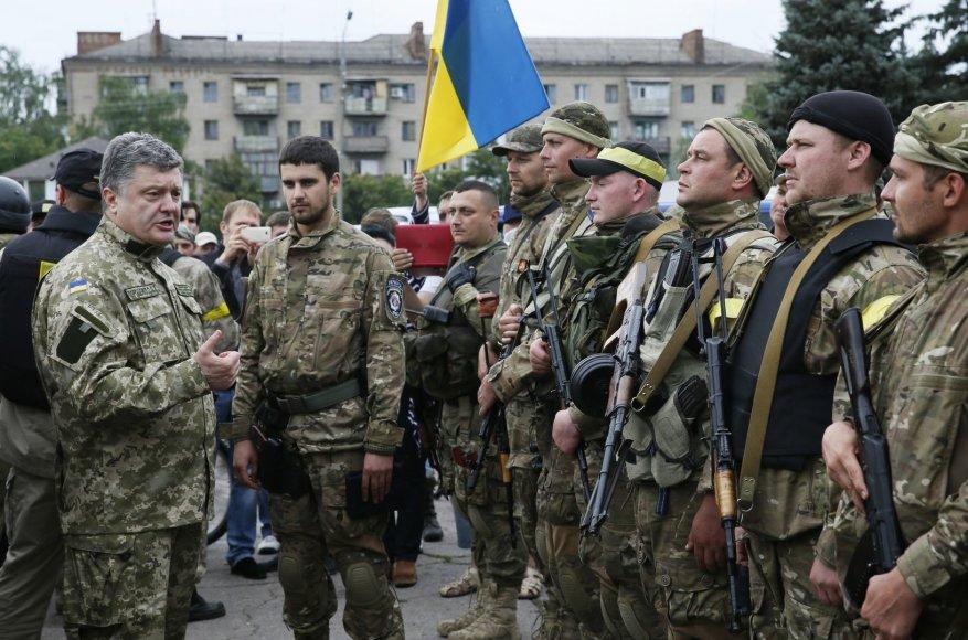 Ukrainos prezidentas Petro Porošenka Slovjanske