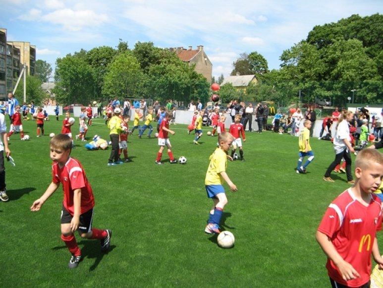 Organizatoriai sieks įrodyti, kad futbolo varžybos gali būti smagi pramoga