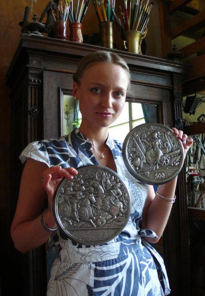 Medalių kūrėja Lina Kalinauskaitė