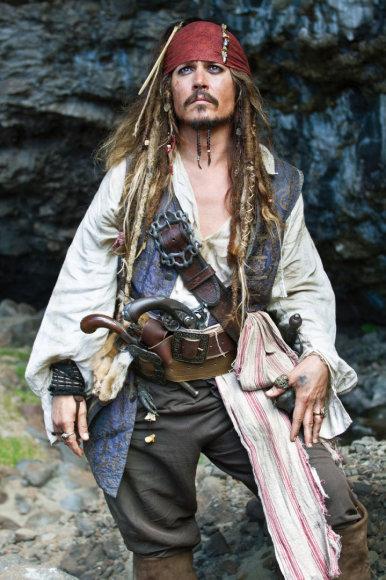 """Kadras iš filmo/Johnny Deppas filme """"Karibų piratai: ant keistų bangų"""" (2011 m.)"""