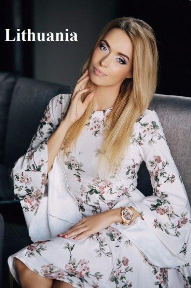 "Jelena Adomauskaitė konkurse ""Miss Tourism Universe 2016"""