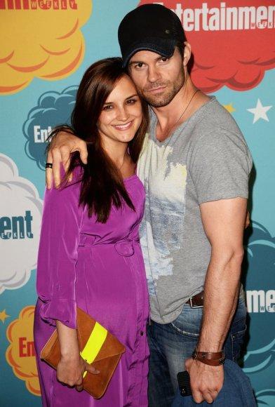 Rachael Leigh Cook ir Danielis Gilliesas