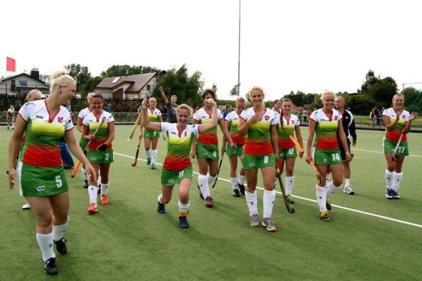 Lietuvos moterų žolės riedulio rinktinė įveikė Lenkiją