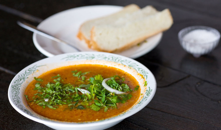Gruziniška charčo sriuba