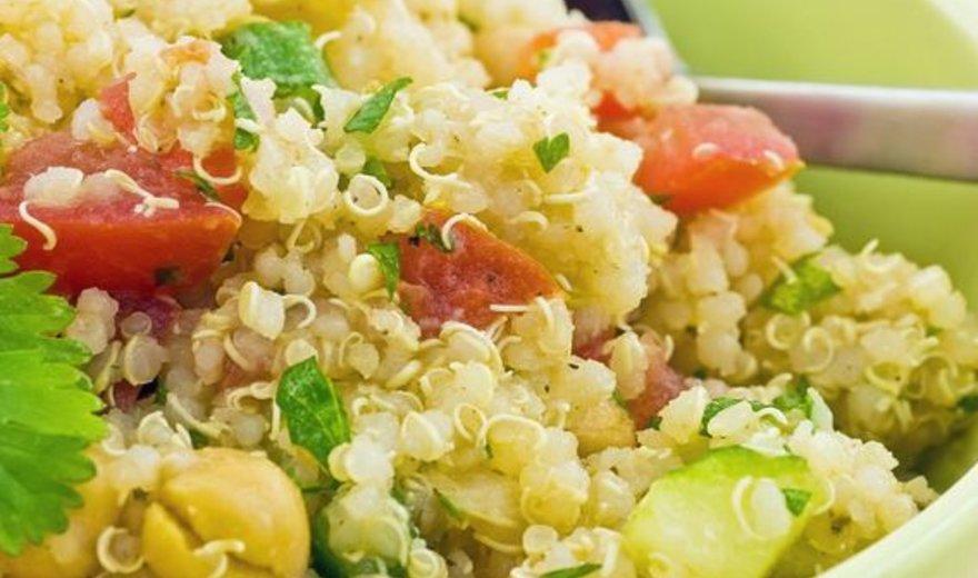 Daržovių ir bolivinių balandų pusryčių košė