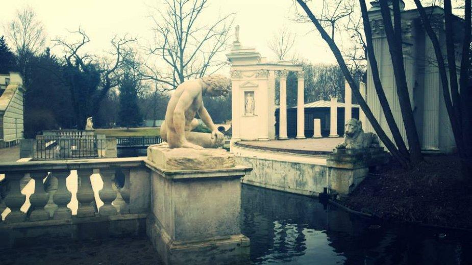Romėnų teatras Karališkajame Varšuvos parke