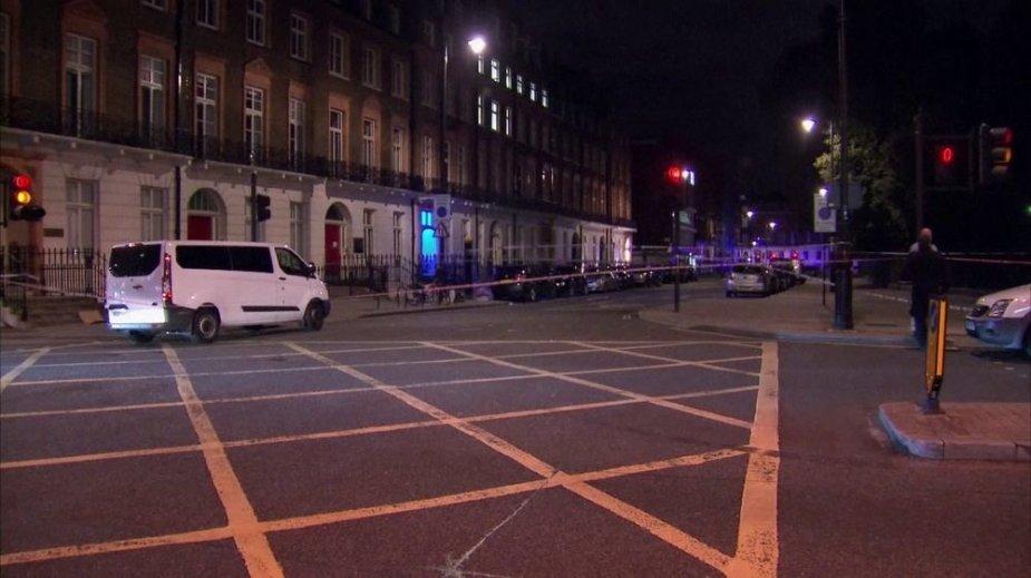 Londone siautėjo ginkluotas užpuolikas