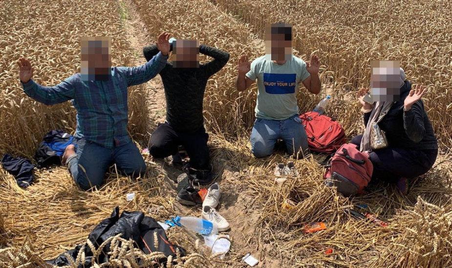 Sulaikyti migrantai