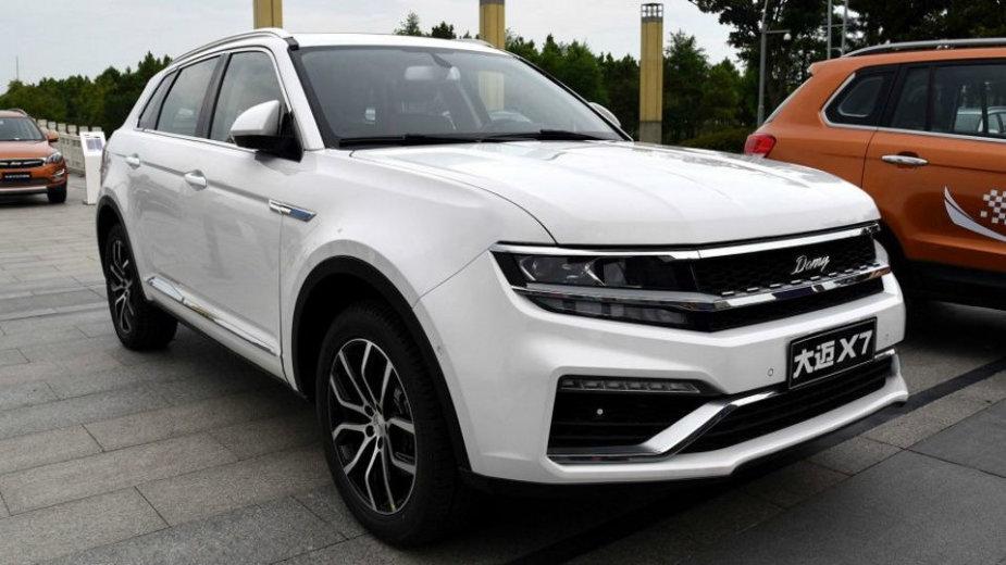 "Kinų automobilis ""Zotye X7"" primena krosoverį ""VW Tiguan"""
