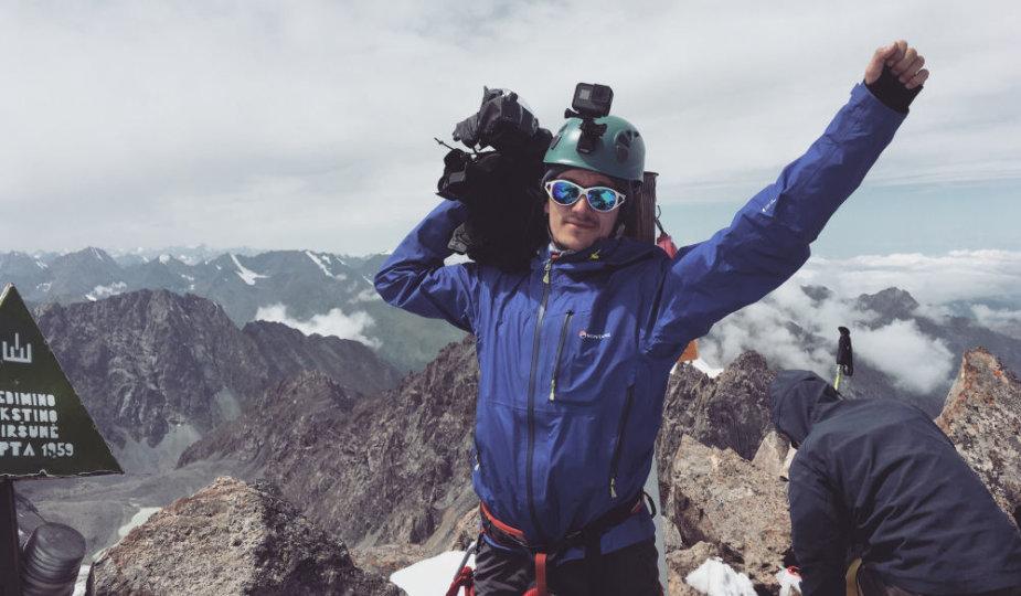 Saulius Lukoševičius filmavimo metu kalnuose