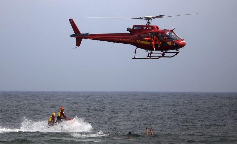 Gelbėjimo operacija Copacabanos paplūdimyje Rio de Žaneire baigėsi sraigtasparnio katastrofa