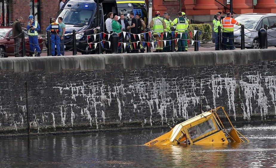 """""""Yellow Duckmarine"""": autobusas amfibija"""