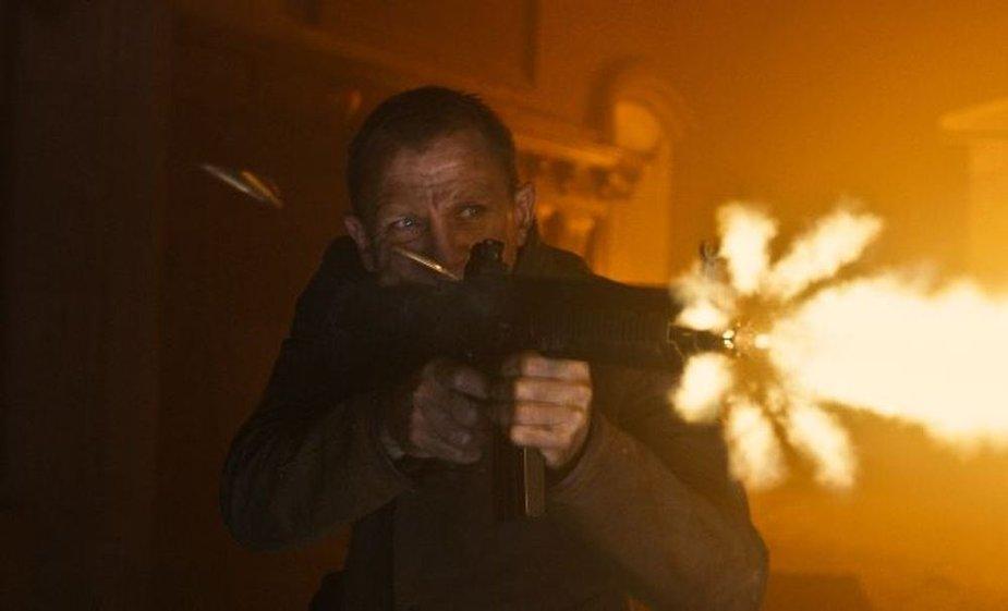 """Filmas """"007 operacija Skyfall"""""""