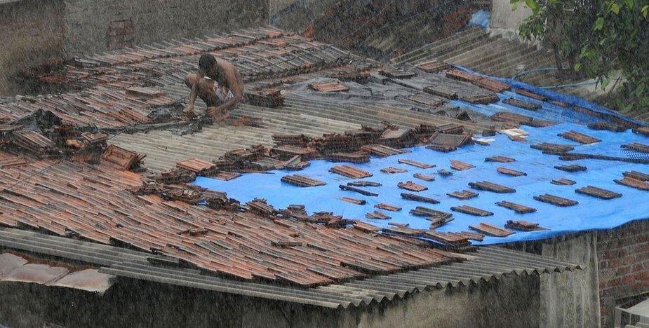 Mumbajuje jau kelias dienas stipriai lyja