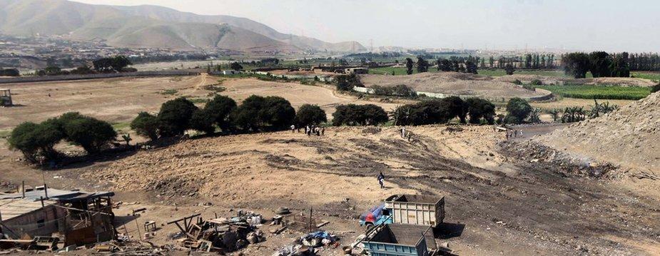 Peru kultūros paveldo ministerija išplatino nuotrauką, kurioje matyti suniokota teritorija.