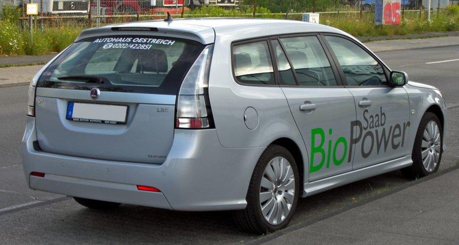 Bioetanoliu varomas SAAB automobilis