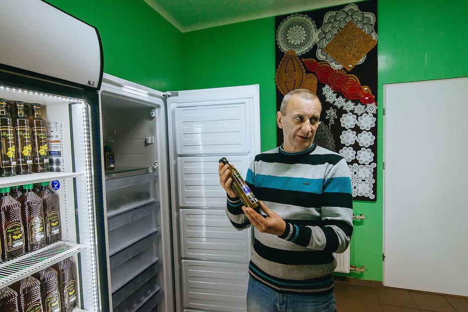 T.Preikšos nuotr. /Aliejus laikomas šaldytuvuose