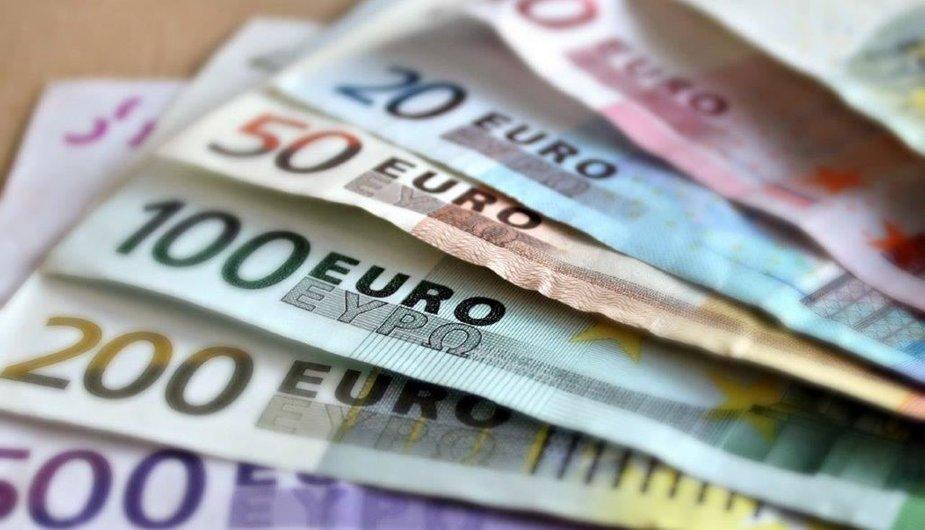 Pinigai/ Asociatyvi nuotr.