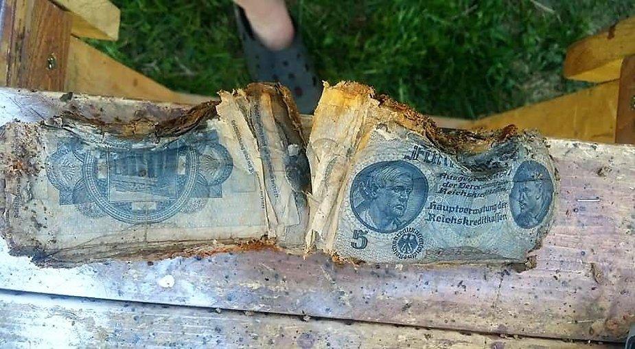 Bridų sodyboje rasta karo laikų pinigų