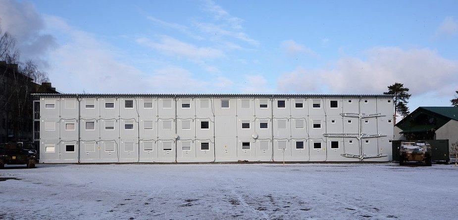 Laikini Kunigaikščio Vaidoto mechanizuotojo pėstininkų bataliono karių būstai konteineriuose