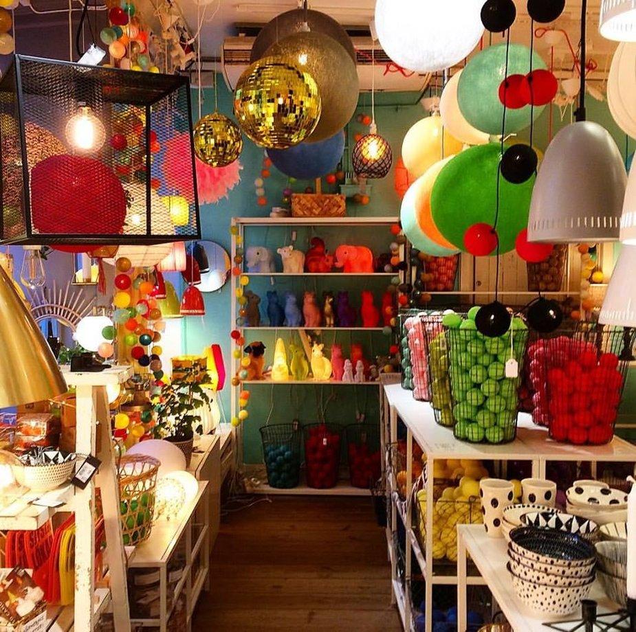 Asmeninio archyvo nuotr./Pati spalvingiausia Gamla Stan lempų parduotuvė