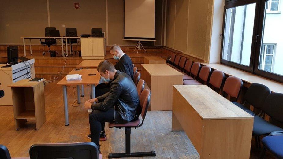 Klaipėdos apygardos teismas nagrinėja garsiąją Jurbarko bylą.