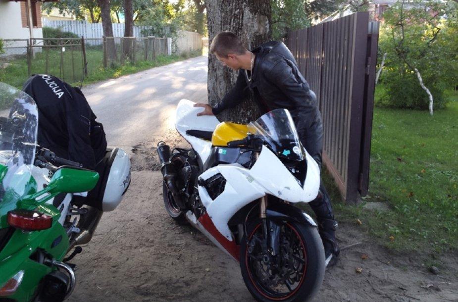 Sustabdytas motociklo vairuotojas