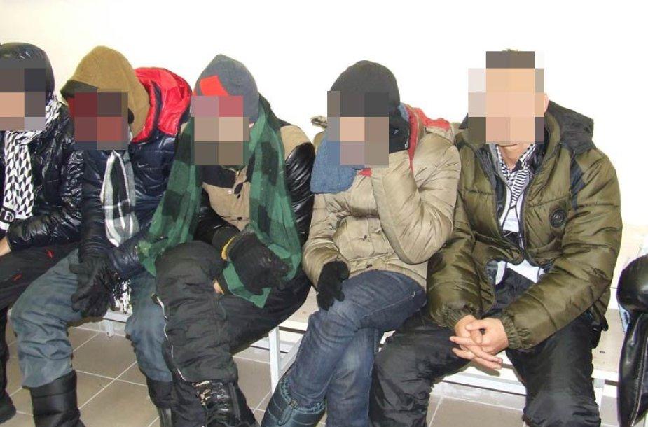 Sulaikyti nelegalūs migrantai
