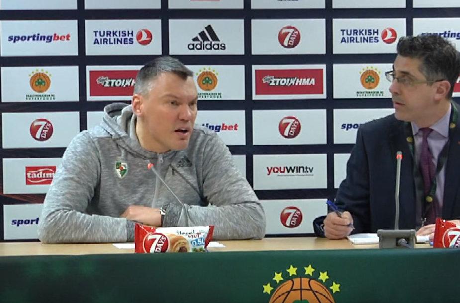 Šarūnas Jasikevičius spaudos konferencijoje Atėnuose