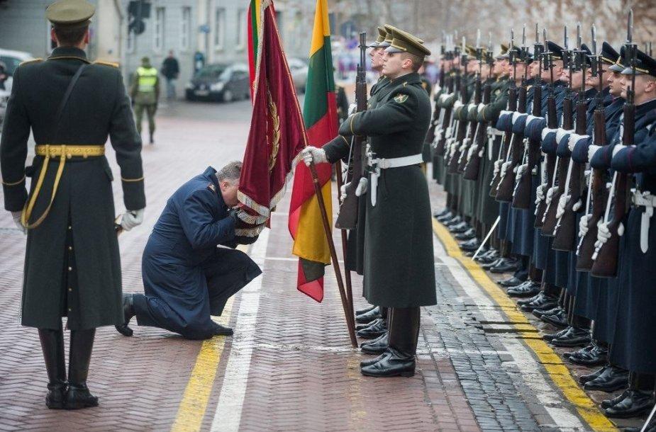 Į atsargą išlydėtas generolas majoras Edvardas Mažeikis