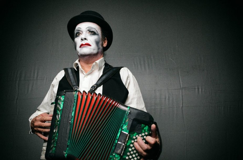 """Tiger Lillies"""