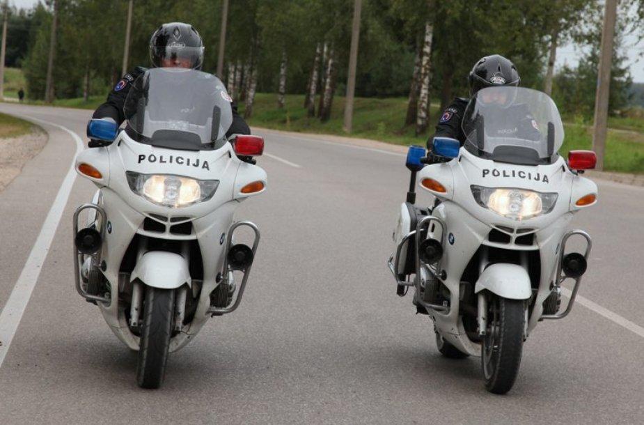 Lietuvos policija patruliuoja motociklais