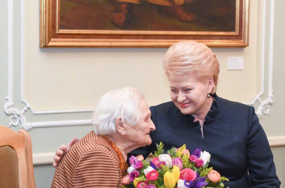 B.Verkelytė-Fedaravičienė ir D.Grybauskaitė