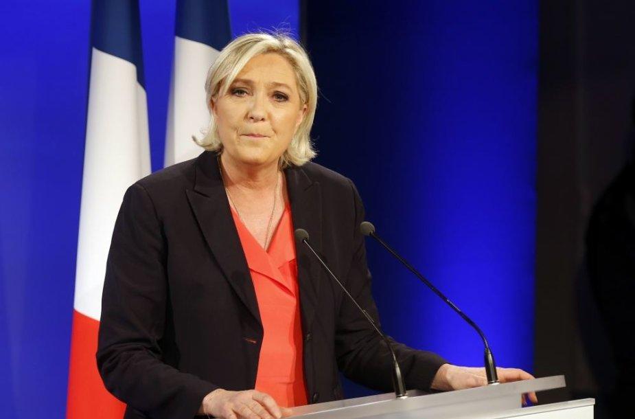 Marine Le Pen pripažino pralaimėjimą