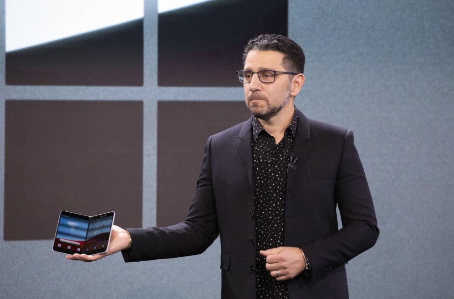 """""""Microsoft Surface Duo"""" pristatymas"""