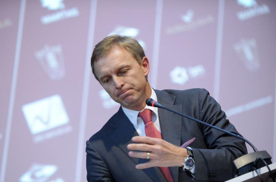 Lengvosios atletikos federacijos prezidento rinkimai, Eimantas Skrabulis.
