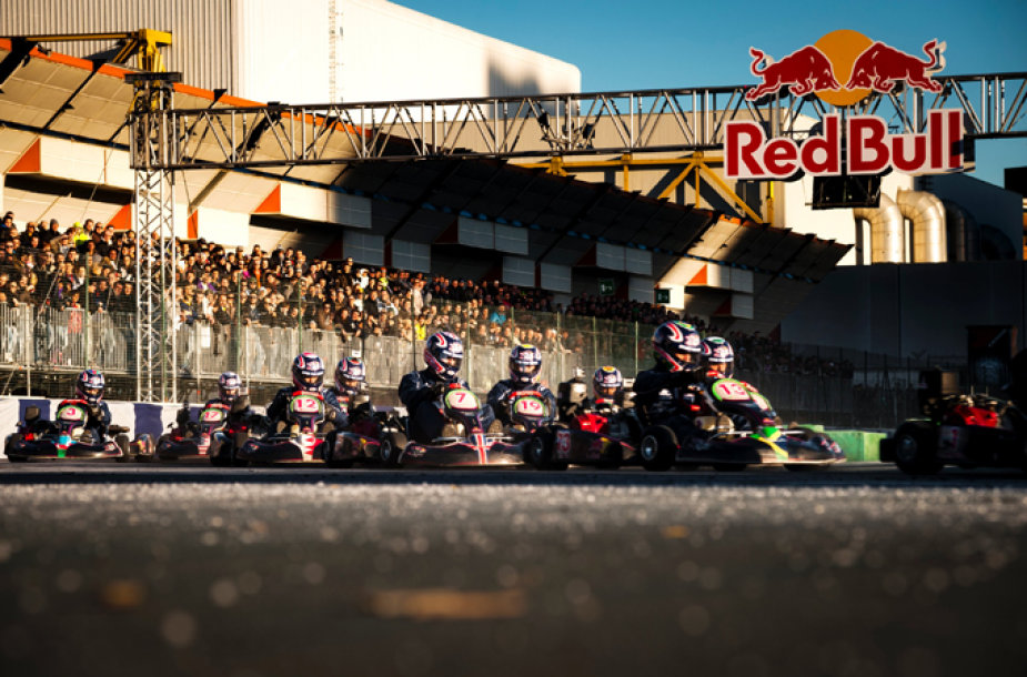 """Red Bull Kart Fight"" varžybos"