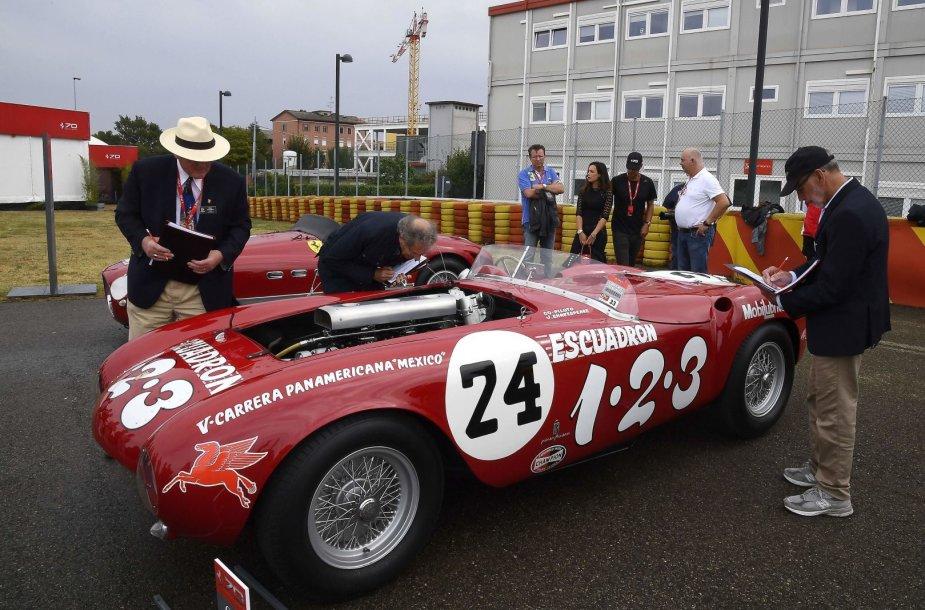 """Italija švenčia """"Ferrari"""" 70-ąjį gimtadienį"""