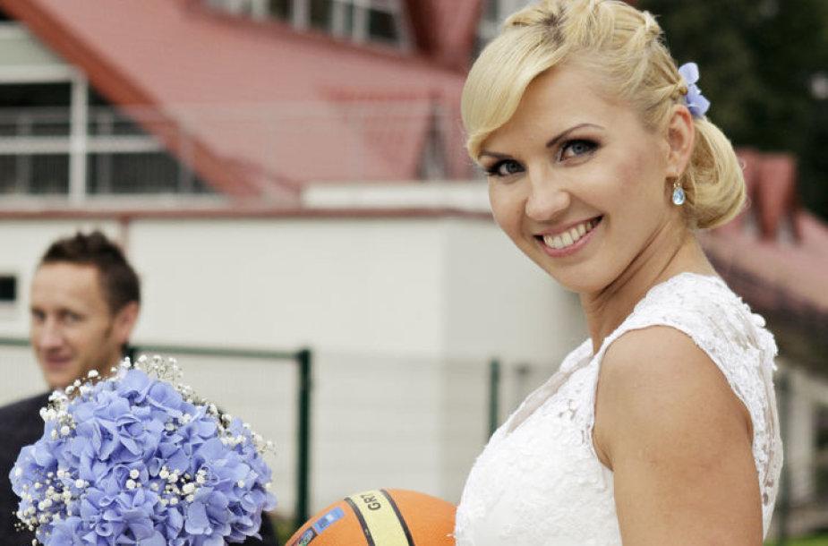 Krepšinis: mano meilės istorija. Aukso žiedai – Kamuolys apvalus – RaMunė&MaRtynas