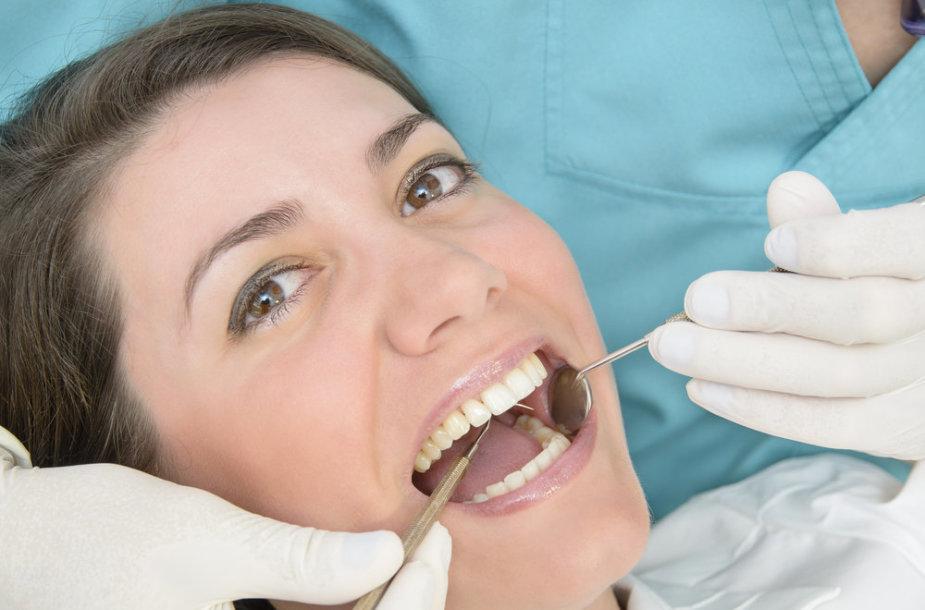 Dantų apžiūra