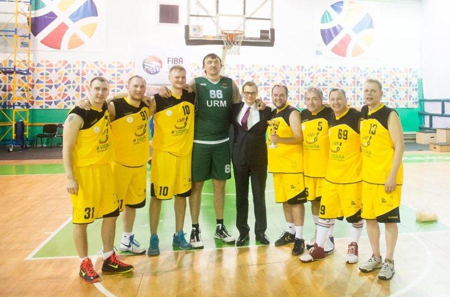 Lietuvos sporto žurnalistai su Grigorijumi Chižniaku